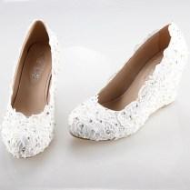 Comfortable Wedding Shoe Stylish And Comfortable Winter Wedding