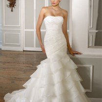 Graceful Organza Mermaid Strapless Straight Wedding Dress With