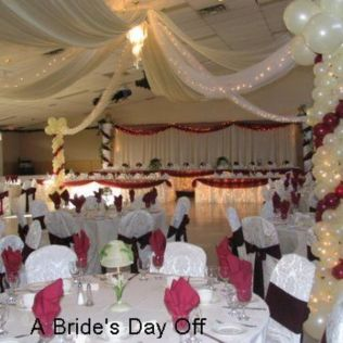 How To Decorate A Hall For Wedding Reception