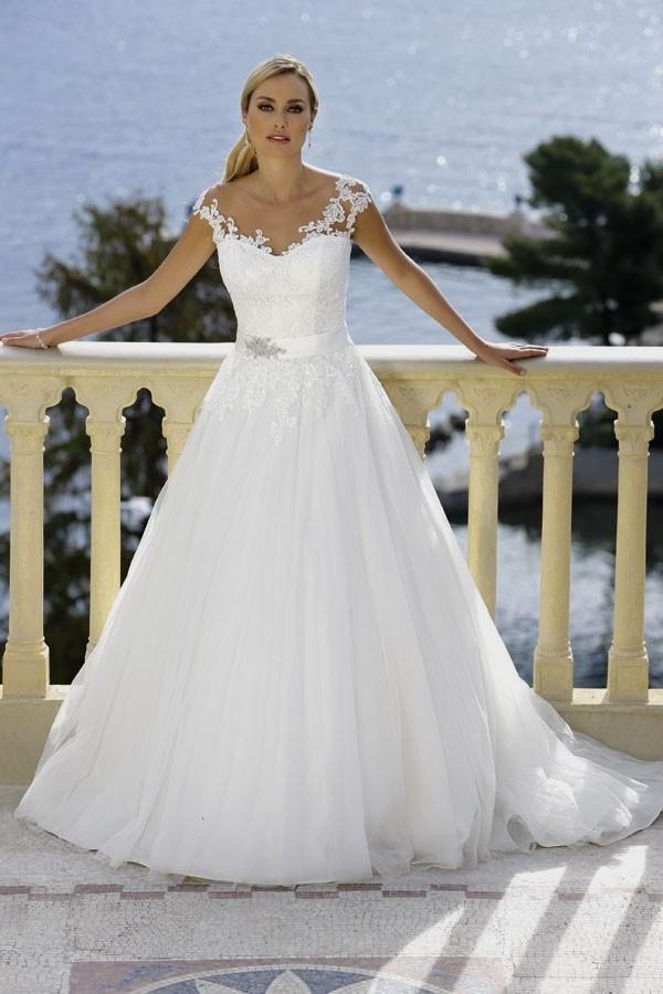 Irish Wedding Dress.Irish Wedding Dress