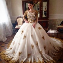 Luxury Wedding Dress 2017 Scoop Long Sleeve Gold Lace Beading Ball