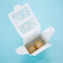 Online Shop Romantic Wedding Gift Box Blue Flower Candy Box