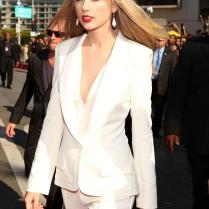 Taylor Swift Ivory Women Tuxedos Shawl Lapel Suits For Women One