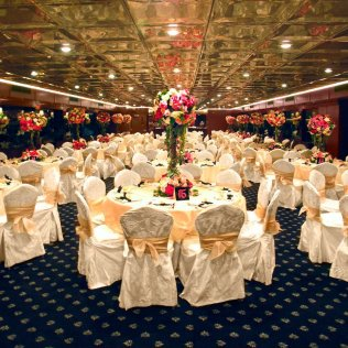 Wedding Decoration Ideas In Gold – Wedding Celebration Blog