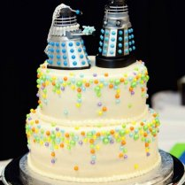 25 Wedding Cake Toppers Interpreted By Nerd Couples