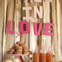 38 Cozy And Sweet Fall Bridal Shower Ideas