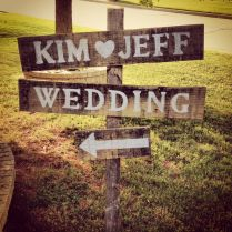 5 Easy To Diy Rustic Wedding Signs