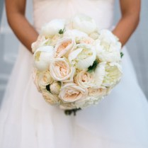 Cream Rose Bouquet Wedding