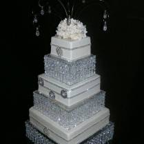 Diy Crystal Wedding Cake Stand Chandelier Cake Stand