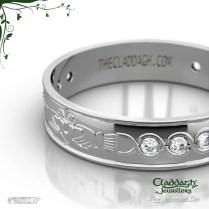 Ladies Diamond Claddagh Wedding Ring In 14kt
