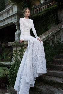 Popular Long Sleeve Backless Lace Wedding Dress
