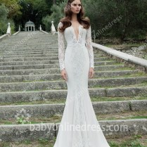 Vintage Wedding Gowns Mermaid Lace Sweep Train Appliques Deep V