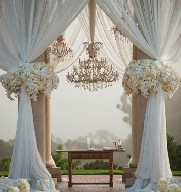 Wedding Arch Decorations For The Beautiful Wedding