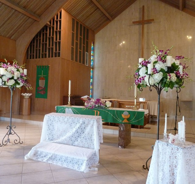 Wedding Flowers For Church Ceremony
