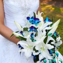 17 Best Ideas About Lily Wedding Bouquets On Emasscraft Org