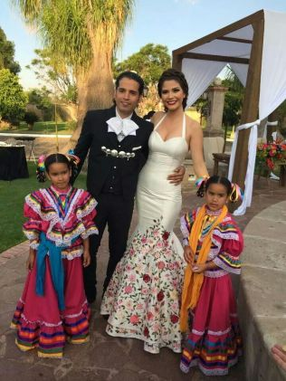 17 Best Images About Mexican Wedding Dresses On Emasscraft Org