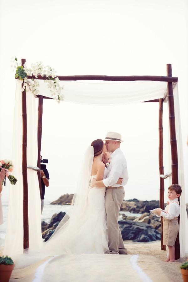 Chic Beach Wedding Ceremony Ideas