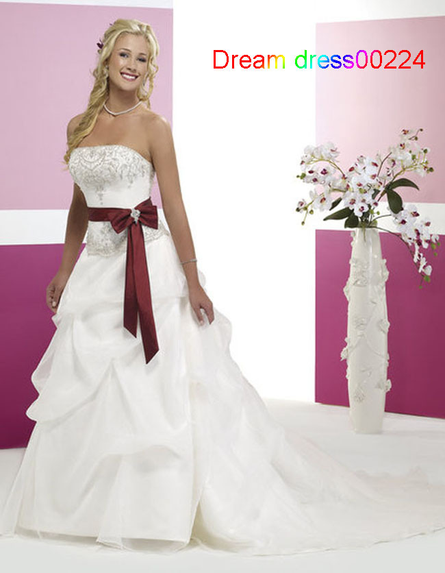 white and burgundy wedding dress  Wedding Decor Ideas