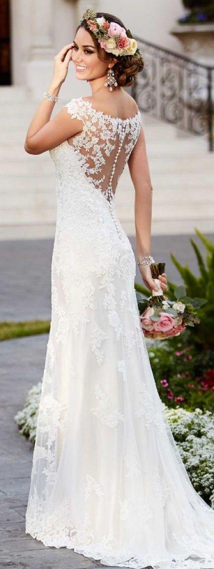 wedding dresses for outdoor weddings