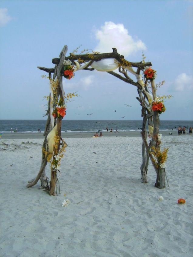 17 Best Ideas About Wood Wedding Arches On Emasscraft Org