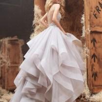 20 Utterly Romantic Ruffled Wedding Dresses You Will Love
