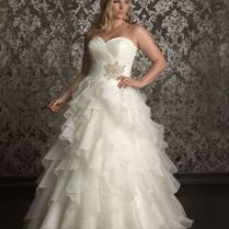 Absolutely Stunning Wedding Dresses With Fluffy Skirt