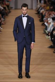 Navy Blue Mens Suits Groom Tuxedos Peaked Lapel Wedding Suits For
