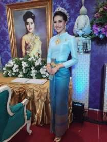 Thai Wedding Dress Traditional Bridal Chut Thai Boromphiman Light