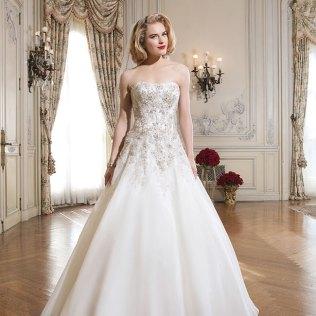 The Best Wedding Dresses For Curvy Brides
