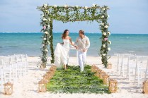 Why You Should Choose A Beach Wedding