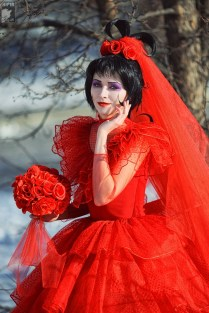 Lydia Deetz Wedding Dress Beetlejuice Rr Youtube