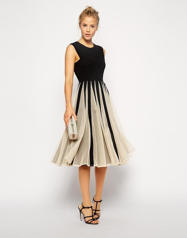 Shop The Latest Wedding Guest and Ladies Day Outfits and Dresses for Wedding Guest Outfits and Dresses from the UK's leading brands. Great Special Occasion wear, Eveningwear and Ladies Wedding Outfits.