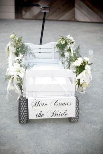25 Wagon Wheelbarrow Country Wedding Ideas