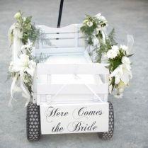 25 Wagon Wheelbarrow Country Wedding Ideas
