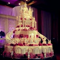 Best 25 Huge Wedding Cakes Ideas On Emasscraft Org