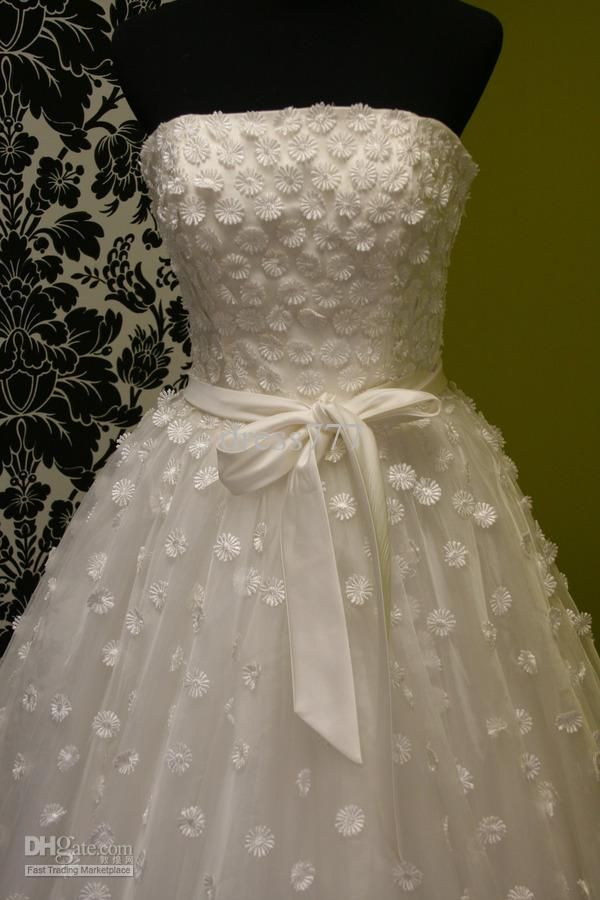 Daisy Wedding Dresses Pictures Ideas, Guide To Buying — Stylish