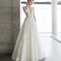 Elegant Wedding Dresses Runway Trends Modwedding Elegant Wedding