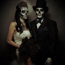 Halloween Zombie Bride And Groom