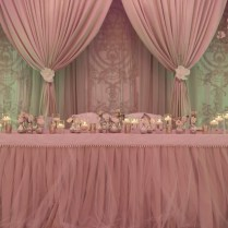 How To Decorate The Xv Head Table In 5 Easy Steps!