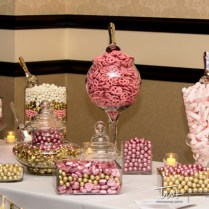 How To Have An Epic Wedding Candy Bar