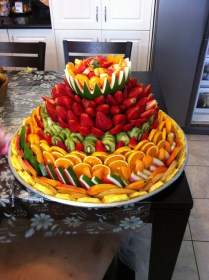 Love This Fruit Display ! Platter Fruit Party …