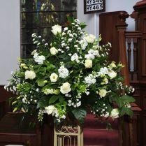 Nice Church Flowers For Wedding 1000 Ideas About Church Wedding