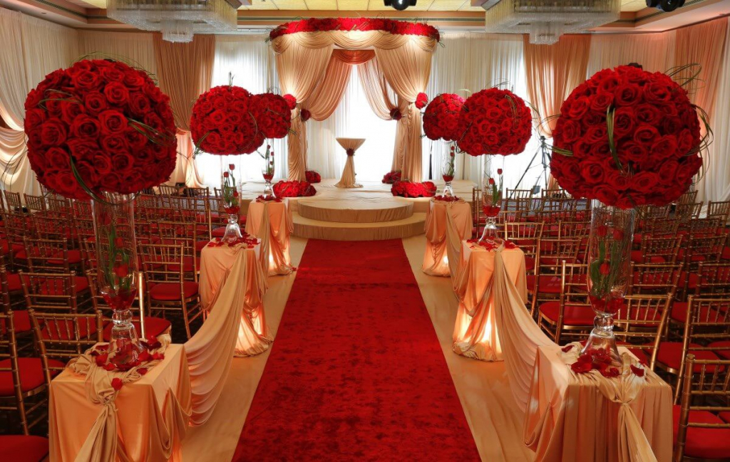Red And Ivory Wedding Decorations