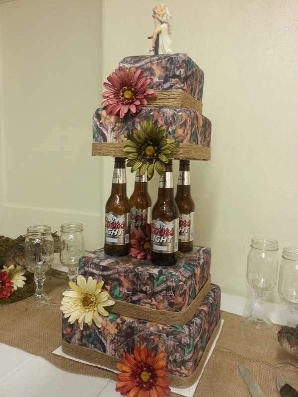 Camo Wedding Cakes.Camo Wedding Cake Designs