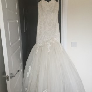 Enzoani Heather Preowned Wedding Dress On Sale 57 Off