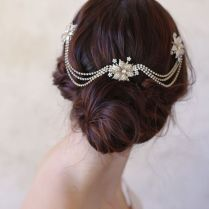25 Perfect Hair Accessories For A Vintage Bride