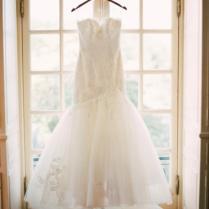 Enzoani Ivory Lace And Tulle Heather Feminine Wedding Dress Size 4