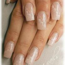 Lauren Alfonso 56 Weddbook Vintage Wedding Nails