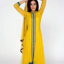 Simple But Very Pretty For Mehndi I Think Mehndi Dresses Look
