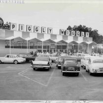Piggly Wiggly Grand Opening